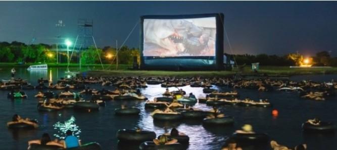 Кинотеатр на воде. Идеи для бизнеса.