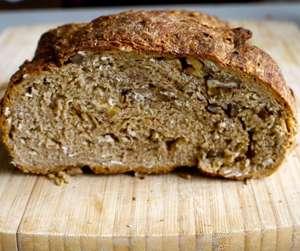 Как испечь цельнозерновой хлеб дома