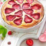 Как приготовить клубничный бисквит
