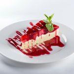Как приготовить торт с клубникой и белым шоколадом