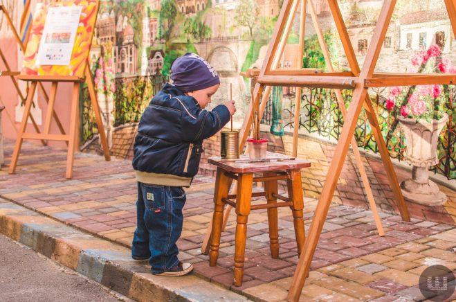 Как маленькие художники создавали яркую картину с черновицкими художниками.